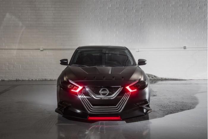 大打星战牌 日产新Maxima推Kylo Ren主题概念车