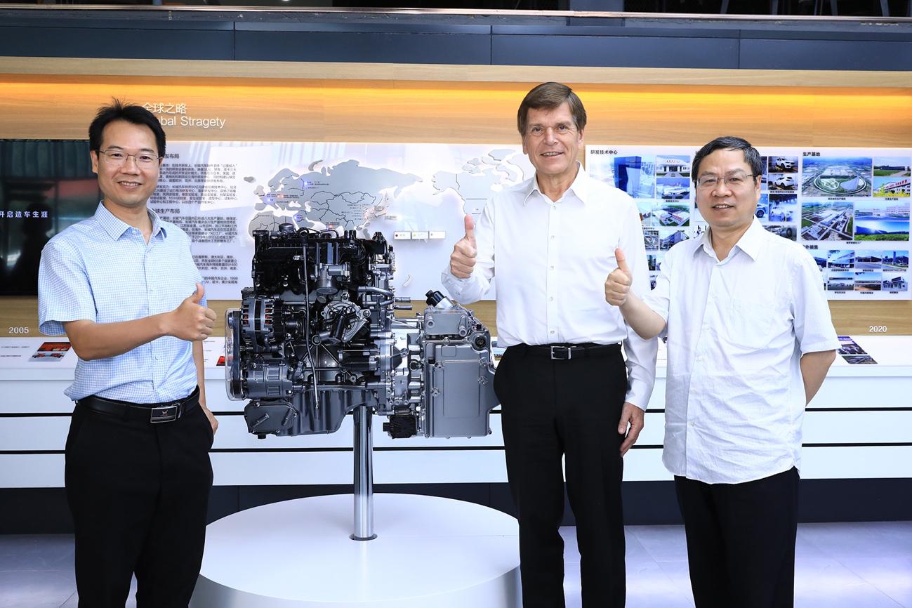 世界首款9速双离合+热效率38.3%发动机 长城全新动力总成年内量产