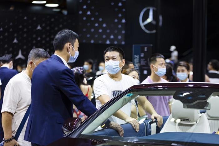 转乘汽车公司削减了今年的销售目标:上半年不到40%