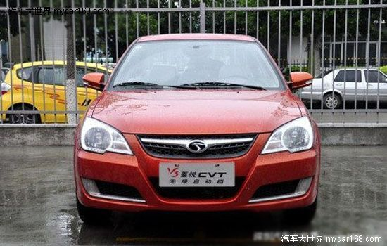 suv车,其推出纯汽油版、油气混合动力两个版本.   江铃驭胜高清图片