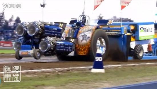 拖拉机装4台飞机发动机狂飙(9)