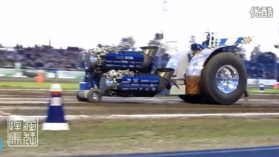 拖拉机装4台飞机发动机狂飙(13)