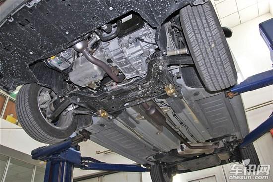 拆车坊 > 正文       标致308底盘防护并不理想,未设计发动机下护板