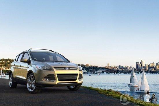 10月30日,福特在华投产的首款SUV翼虎最终在京亮相。这款车的隔代车型在华的销售史甚至可追溯至5年之前,深谙SUV制造和销售经验的福特汽车早在当时,即已通过进口方式将SUV引入国内。经历了中国车市复杂的起承转合之后,SUV的热销在国内早已成为现实,但对一个福特思维指导下的这家车企大鳄而言,当下最急迫也最需要慎重处理的现实是,它需要借助这款全球平台下诞生的新品来重新叩开中国市场的大门,用市场占有率证明其作为一家主流汽车制造商的身份地位。  SUV长短板   作为长安福特1515(到2015年实现