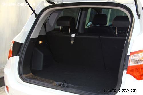 紧凑SUV新生力量 联合越野评测长安CS35高清图片