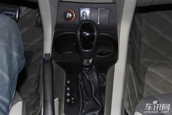0t涡轮增压发动机,最大功率为140kw,峰值扭矩为250nm;传动方面,先期