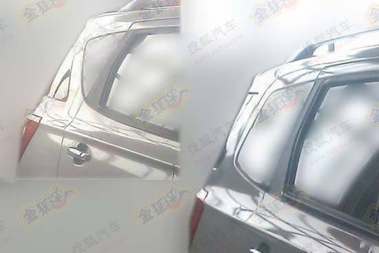 【左上为五座版,右侧为七座版】-北汽长轴七座版SUV无伪谍照 定位5高清图片