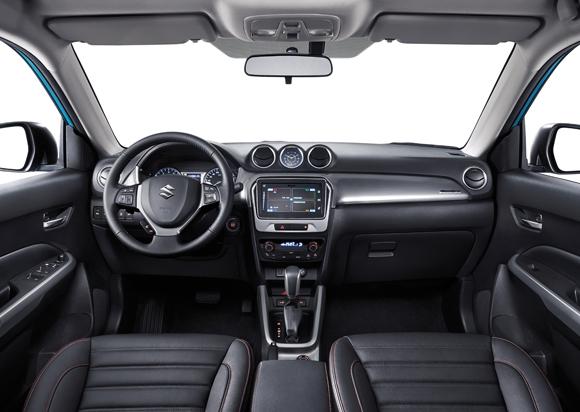 长安铃木表示,作为最新推出的划时代力作,维特拉传承铃木45年SUV制造精髓和维特拉家族的纯正血统,并将经典设计语言与最新潮流元素完美融合,一举颠覆消费者对城市SUV千车一面、阴盛阳衰、样子货等刻板印象。与现有同级城市SUV相比,长安铃木维特拉在外观、性能、安全和智能科技方面呈现出前所未有的硬派实力和领袖风范,因此新车定位都市硬派SUV。   超过30项配置提升    据了解,维特拉长宽高分别为4175/1775/1610mm。全系拥有超过30项的丰富配置,囊括了外观内饰、动力操控、安全防护
